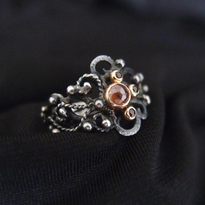 baśniowy ażurowy pierścionek dla marzycielki