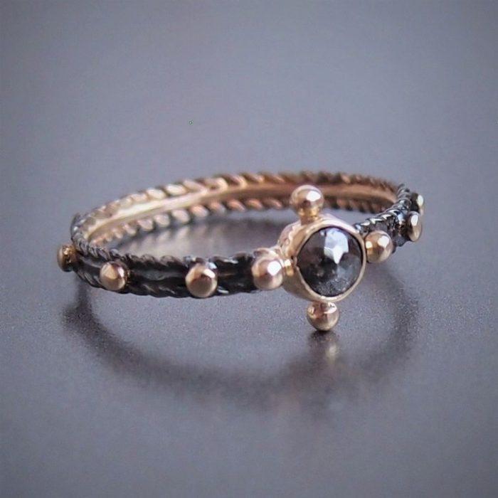 zloty pierscionek rozaniec z czarnym diamentem- gold & diamond rosary ring