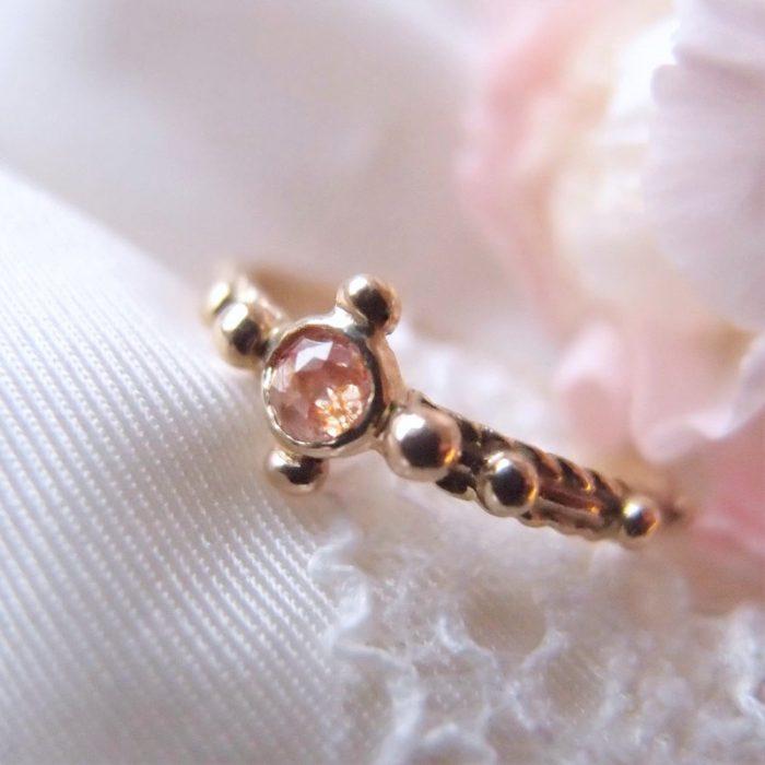 Złoty różaniec na palec z pracowni Lookrecya- gold rosary with diamond