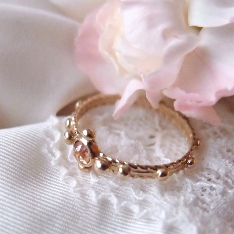 Unique gold rosary ring handmade by Lookrecya