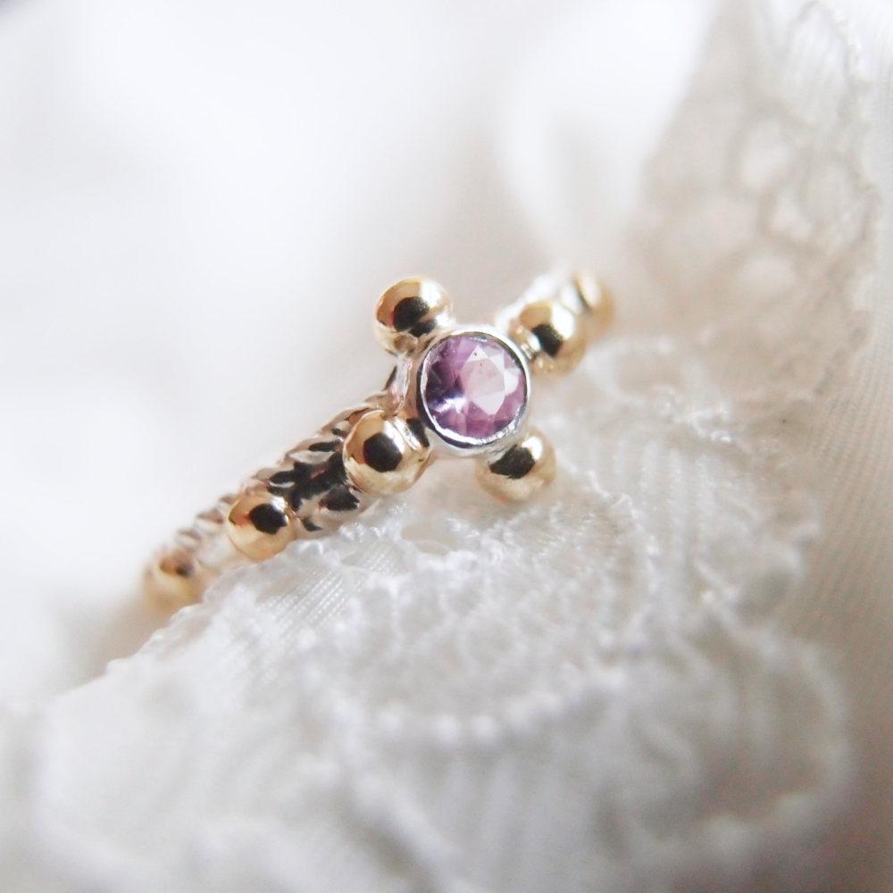 Pierścionek różaniec z różowym szafirem od Lookrecya - rosary ring with sapphire