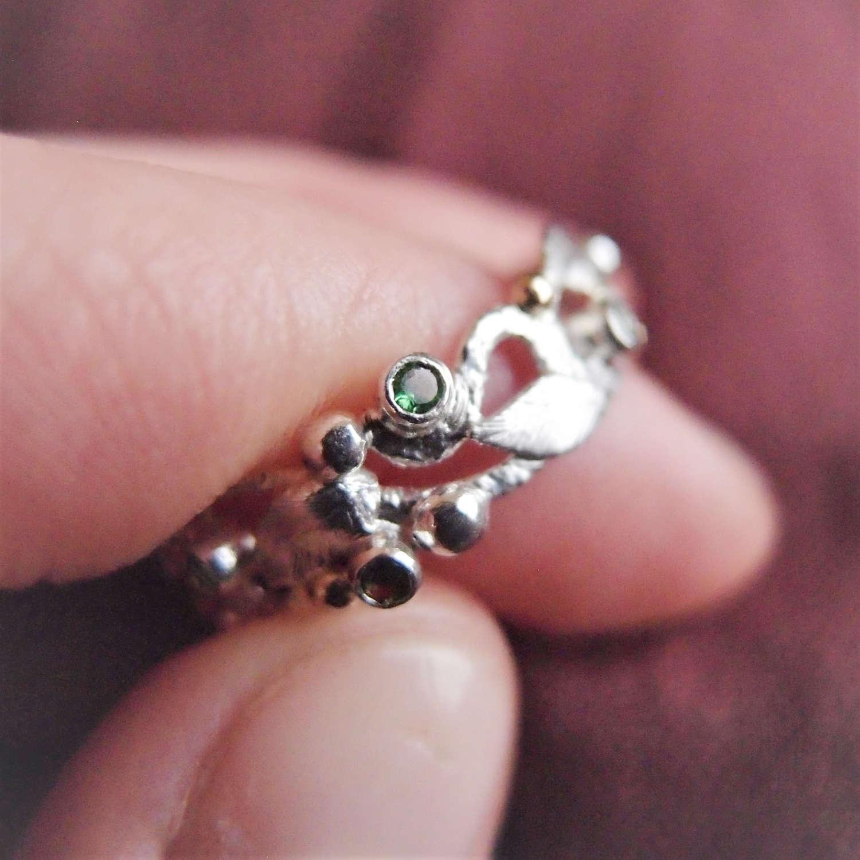 Botanical rosary for finger