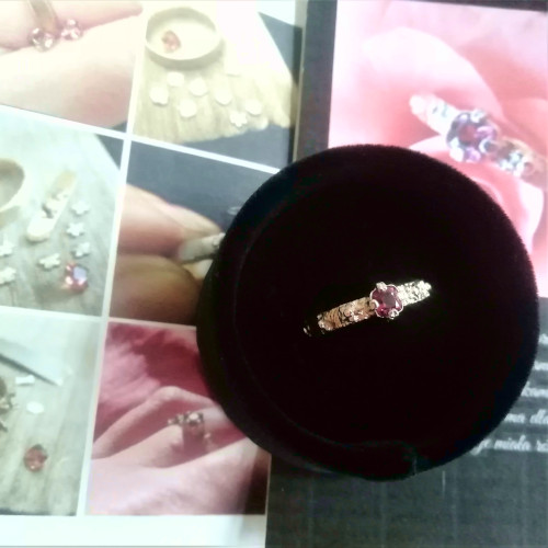 One of a kind solid gold roasry ring